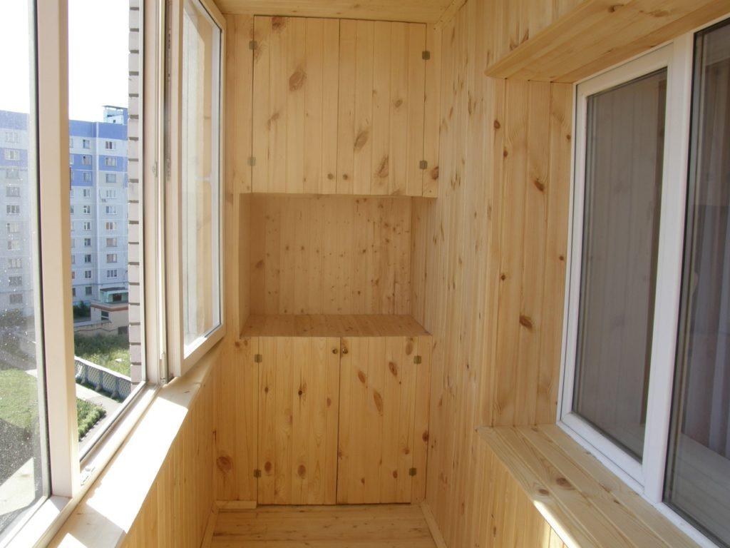 балкон с вагонкой