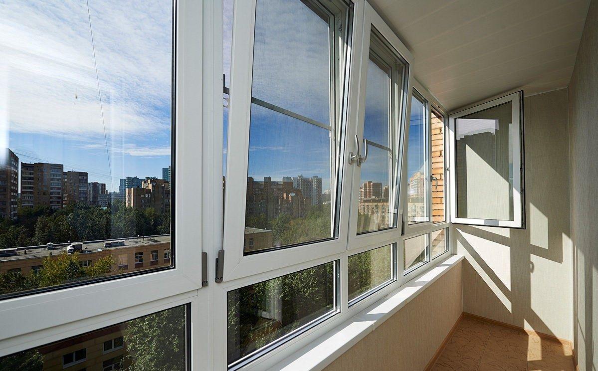 дверь на балкон пвх